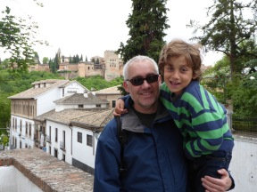 Hanging out in Sacromonte.