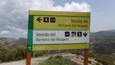 We thought this sign would help us get from Beas back to Granada.
